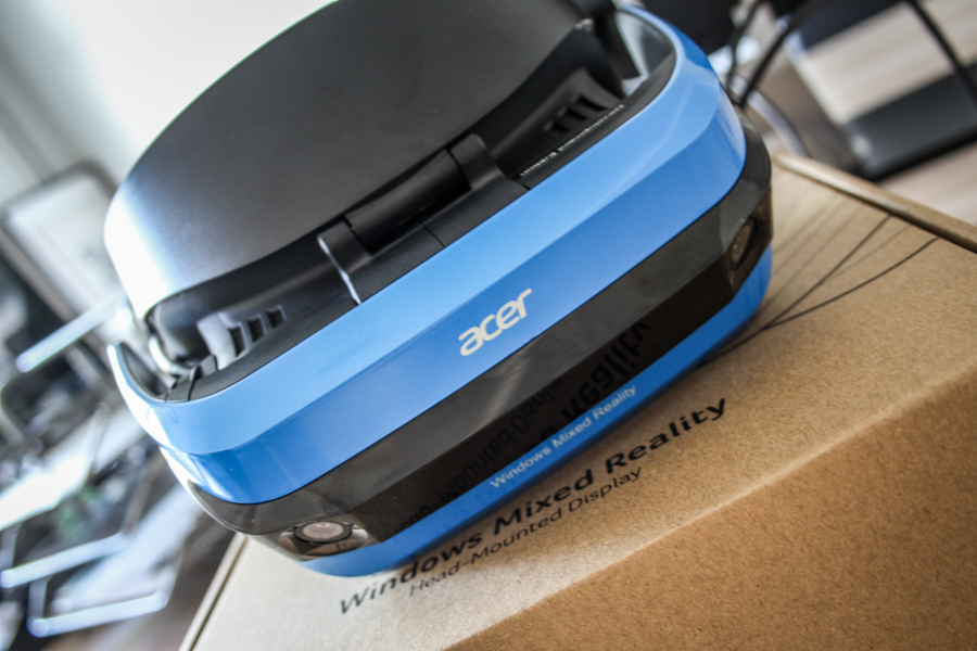Acer Windows Mixed Reality Headset Live